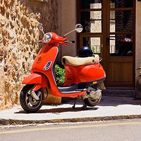 Motos y scooters en Disfruting