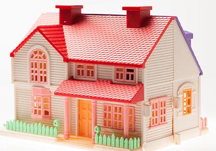 Muñecas y casas de muñecas